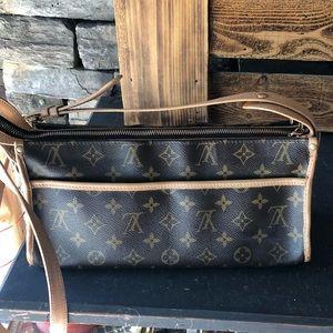 Louis Vuitton Popincourt Bag/Purse/Crossbody Louis